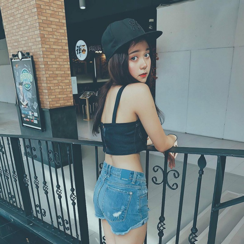 【捕鱼王】泰国网红时尚正妹Ponsawan 不卖弄性感吸粉百万