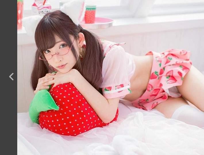 【捕鱼王】日本网络正妹草莓水手服诱惑 性感透明让人招架不住