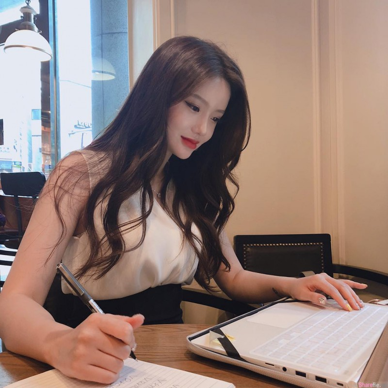 【捕鱼王】韩国最美英语老师金莎拉(Sarah Kim) 超正女老师前凸后翘迷倒家长