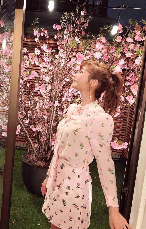 【捕鱼王】明日花キララ谈恋爱了吗 花姐晒同款衣服引领猜疑有恋情