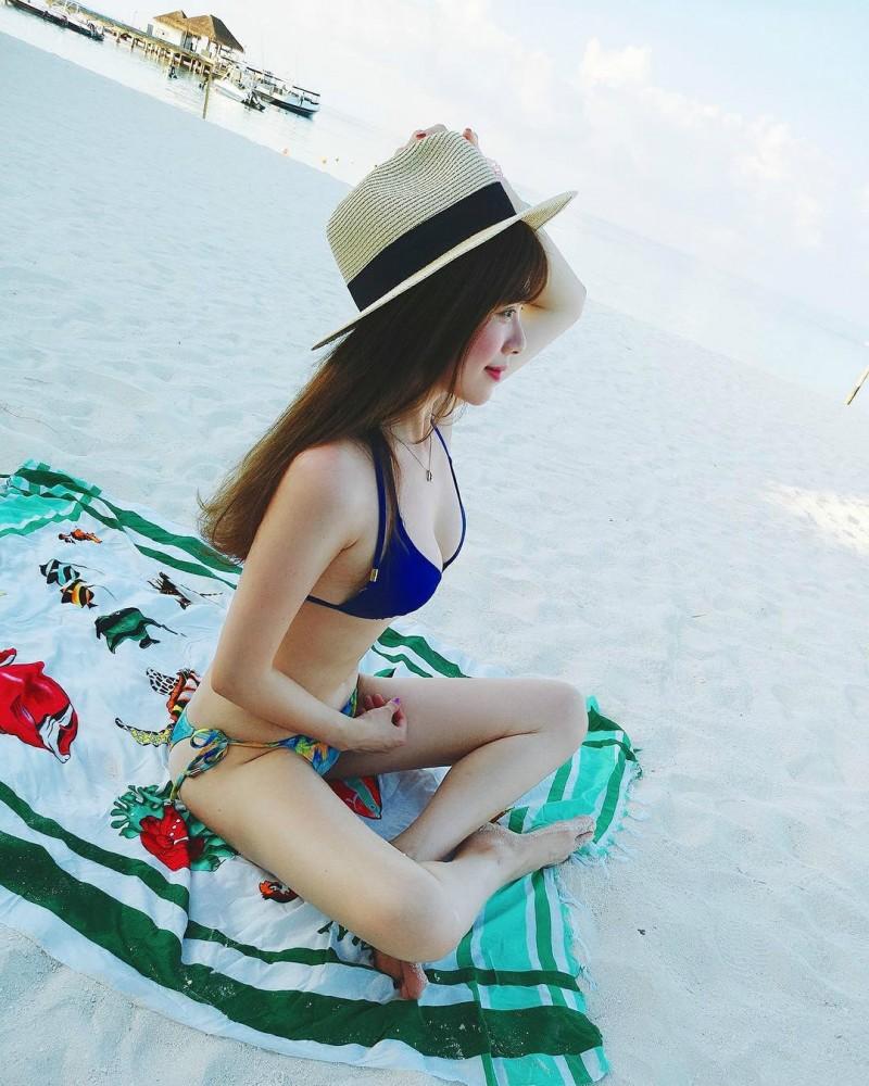 【捕鱼王】正妹人妻im33大解放 沙滩上脱掉性感比基尼辣翻网友