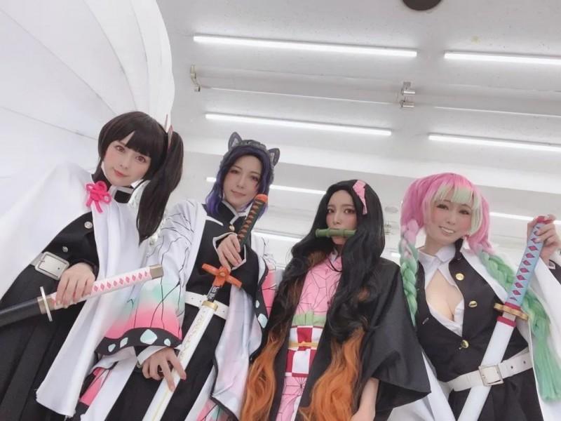 【捕鱼王】暗黑界Cosplay大赛开启 小姐姐们穿上衣服更好看