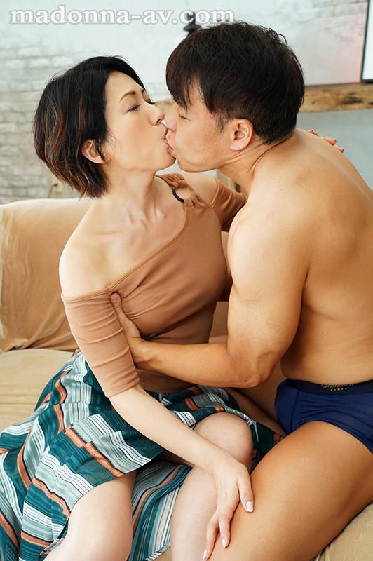 【捕鱼王】JUY-995:熟女人妻甘乃椿禁欲两周后性欲大爆发!