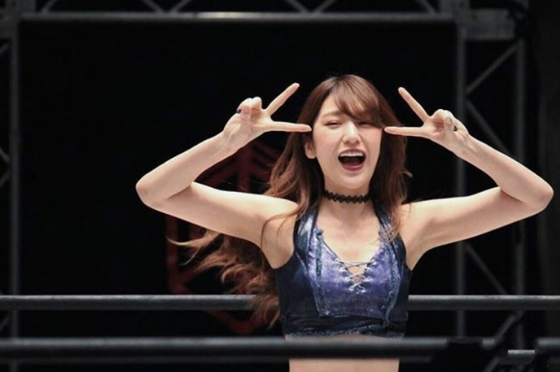 【捕鱼王】实力F的摔角写真少女,场上狂野场下可以更性感--上福ゆき