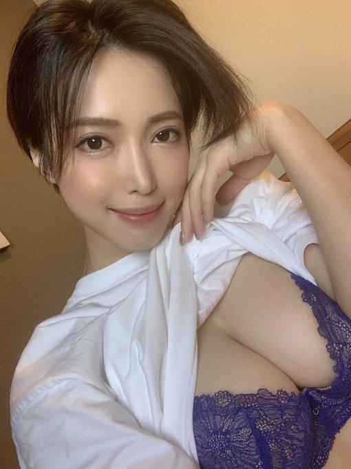 【捕鱼王】短发御姐君岛美绪野外性感露出!