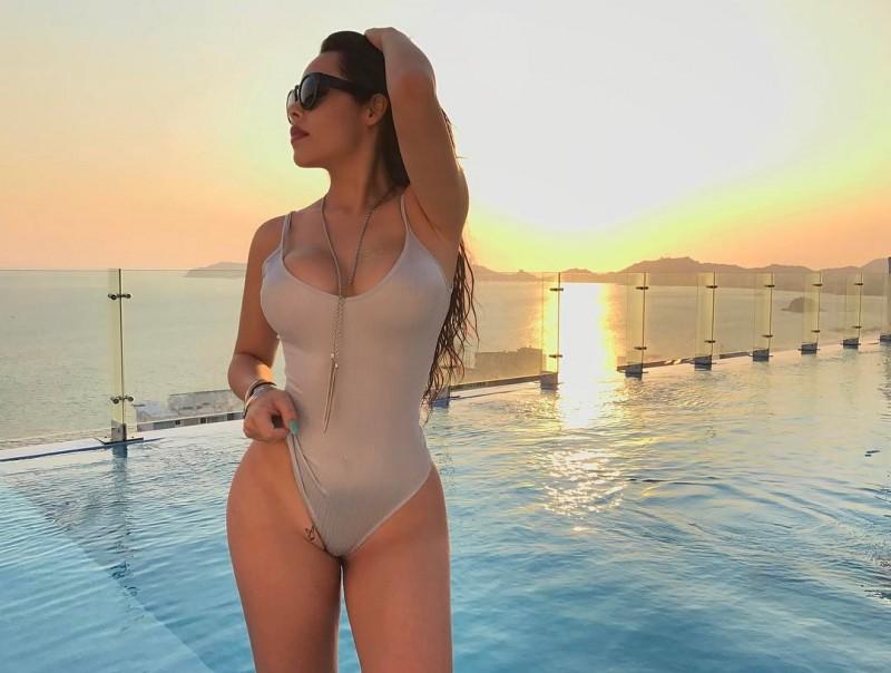 【捕鱼王】墨西哥辣模VerónicaFlores 性感身材前凸后翘美乳诱人