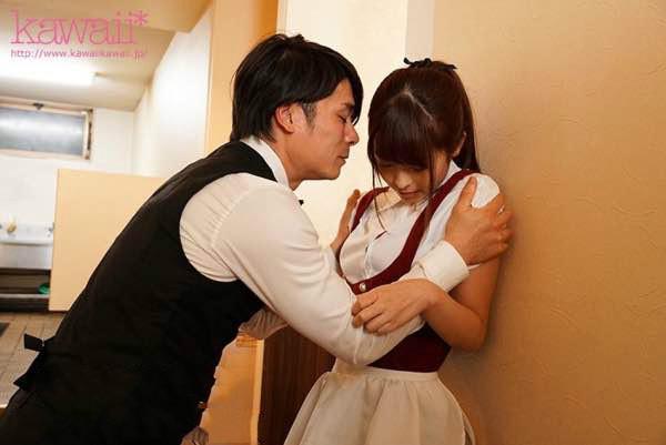 【捕鱼王】CAWD-064:咖啡厅兼职美少女樱萌子在男友的面前被狠狠调教一番!