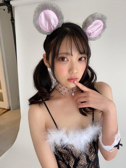 【捕鱼王】天使美少女「二叶绘麻」扮成性感小老鼠献上酥胸!