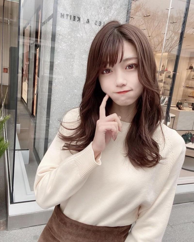 【捕鱼王】名古屋工学部「22岁正妹大学生」,爱吃牡蛎「好受男同学欢迎」!