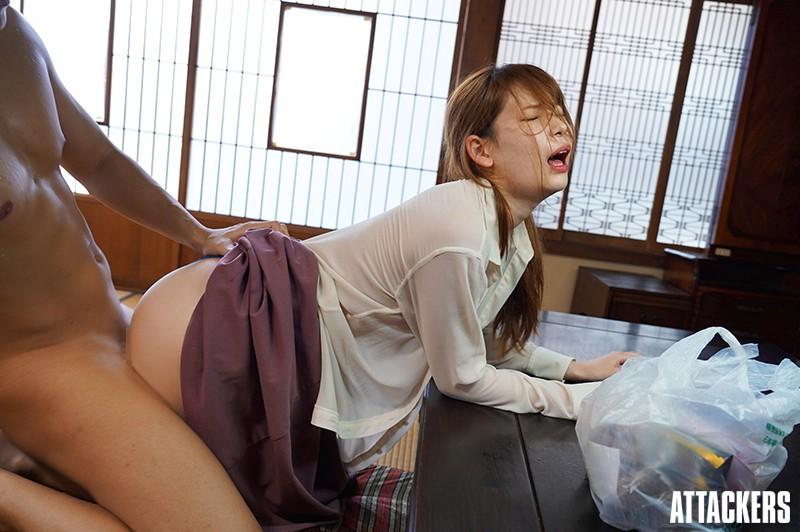 【捕鱼王】ADN-277:初恋情人「明里つむぎ」变大嫂!大哥出差「欲火攻心」疯狂搞她!