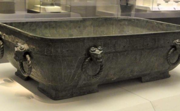 【捕鱼王】男女不可共浴 古代人洗澡咋那么多规矩呢