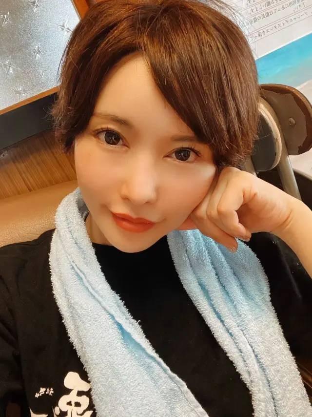 【捕鱼王】里美优莉亚更新IG动态 指责抢匪入室抢劫