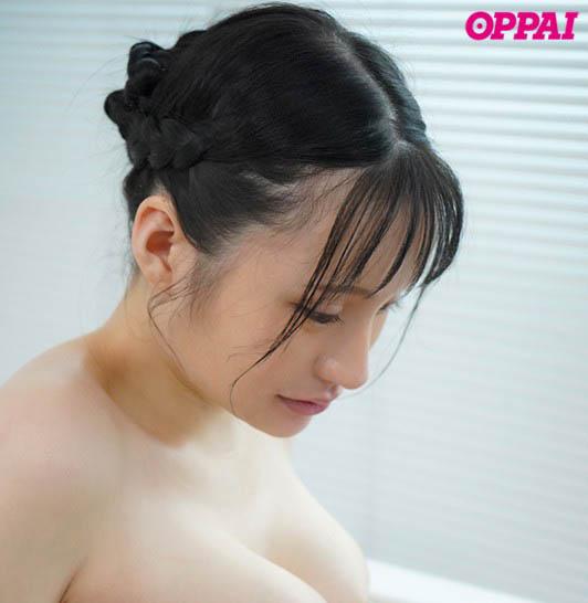 【捕鱼王】纯天然尚好!100公分J罩杯 性感女大生「赤江恋実」搭配粉红奶头更赞!