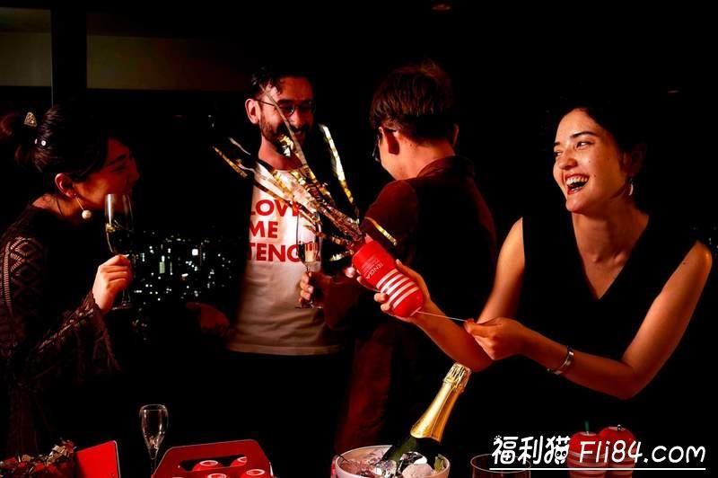 【捕鱼王】小心别用错《TENGA拉炮飞机杯》派对庆祝专用装填在GG你就真的GG了