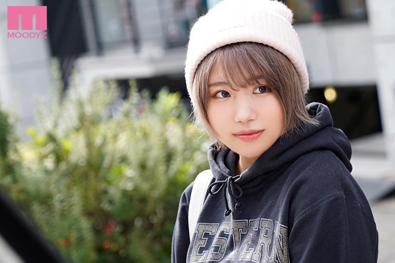 【捕鱼王】短发巨乳美少女!第2次演出即解禁!真琴つぐみ被糟老头中出了!