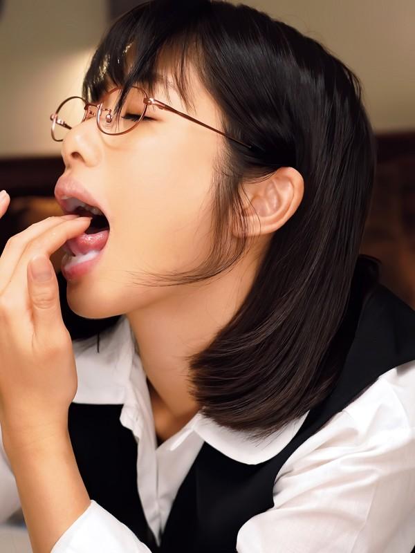 """【捕鱼王】俗气OL""""川上奈々美""""其实超爱舔 捡尸男同事吞液解渴"""