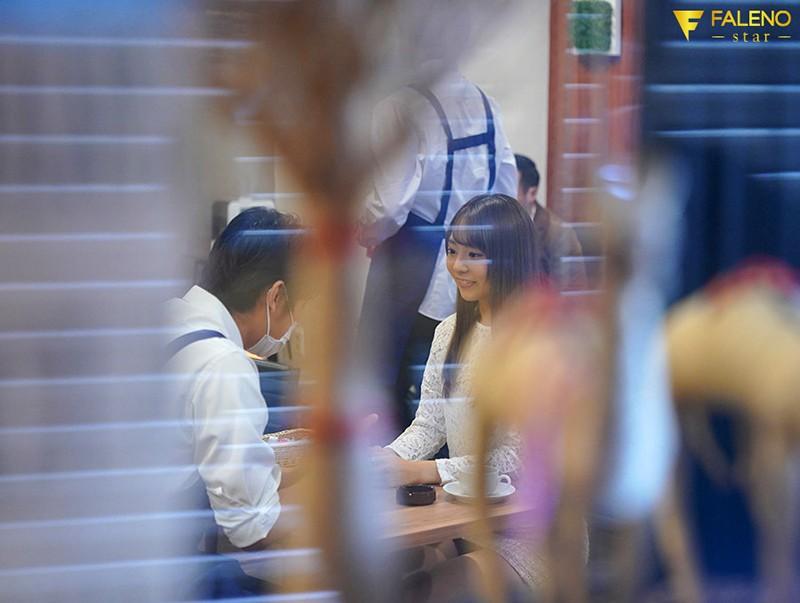 """【捕鱼王】小恶魔""""河南実里""""挑战咖啡店同事 撑过10分钟就可以无套中出"""