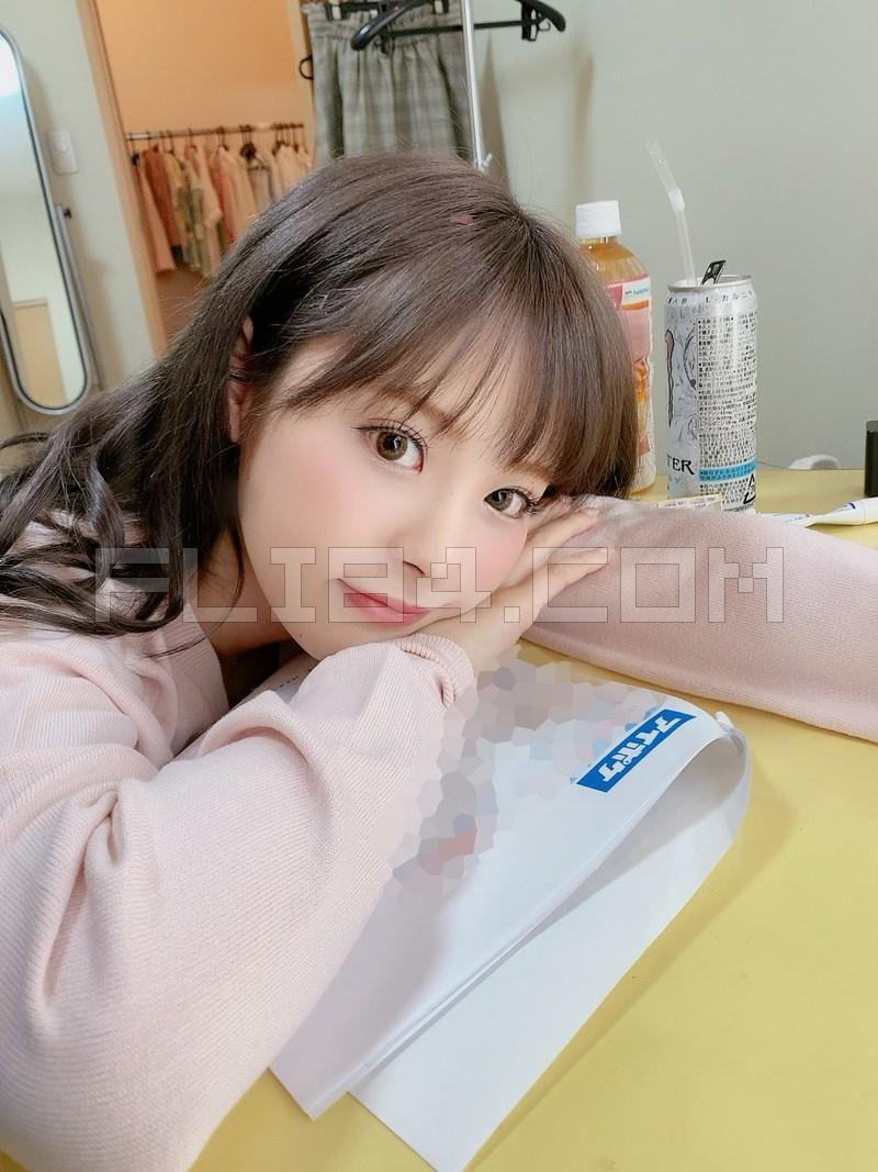 """【捕鱼王】大奶萝莉教师""""桃乃木かな""""一对一服务不小心放空 毫无防备小脸蛋让人超想X下去!"""