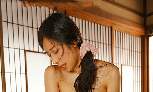 【捕鱼王】春明润JUL-511 乡下人妻帮老公义弟解除烦恼