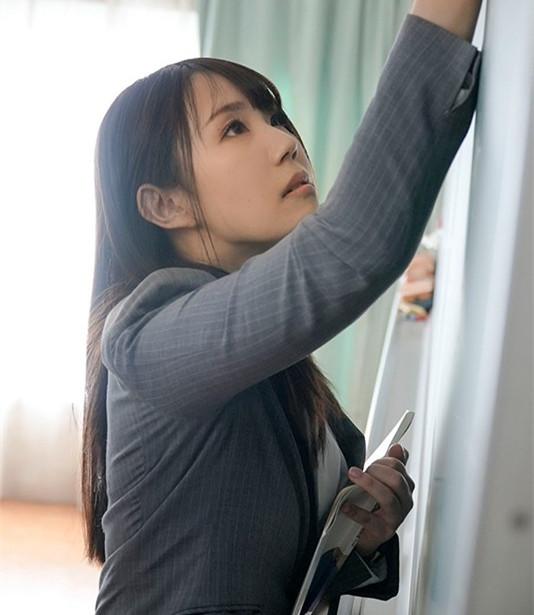 """【捕鱼王】DVDMS-668 :高中美女教师""""安奈真理恵""""有三个乳头,一捏就酥麻!"""