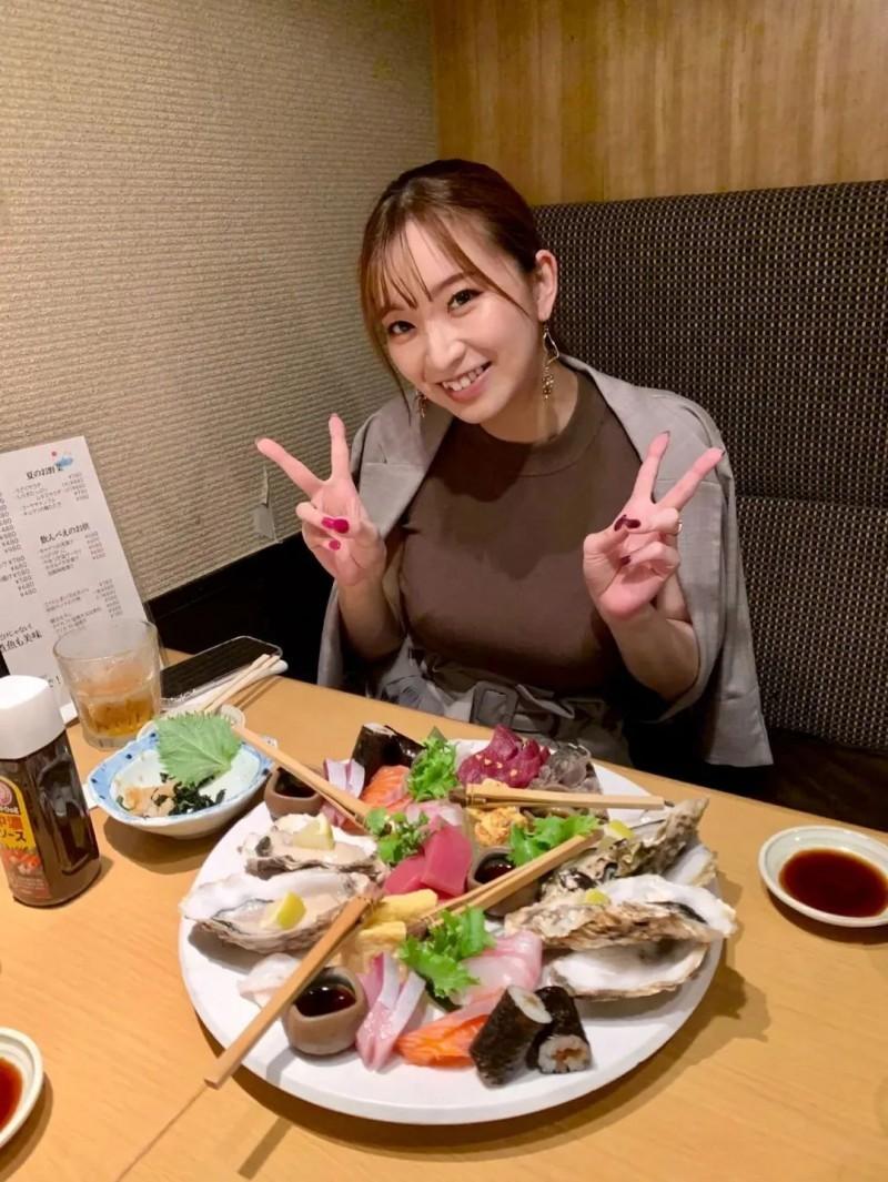【捕鱼王】巨乳美女铃木真夕 未成年进入业界顺利出道