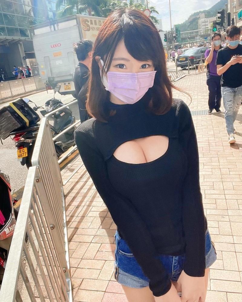 【捕鱼王】口罩要戴长辈要露!清新正妹大秀「白皙小蛮腰」,防疫期间也能辣到你受不了!