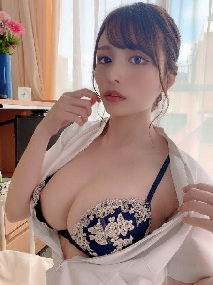 【捕鱼王】伊藤舞雪CAWD-091 巨乳姐姐安慰陷入婚姻倦怠期妹夫